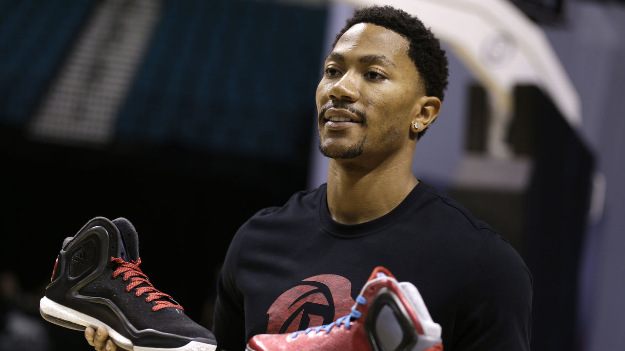 Adidas Set To Release Derrick Rose Retros Next Year Thescore Com
