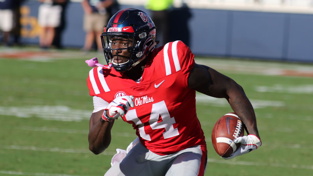 D K Metcalf Could Squat 100 Lbs At 5 Years Old Dad Says Thescore Com
