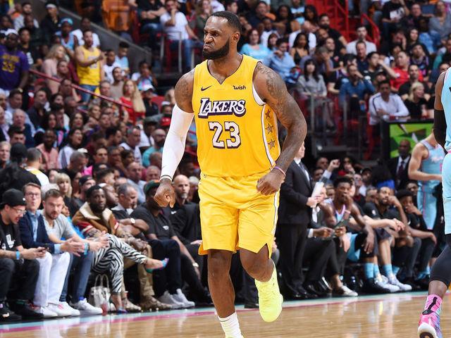 Lebron Ad Help Lakers Hand Heat 1st Home Loss Of Season Thescore Com
