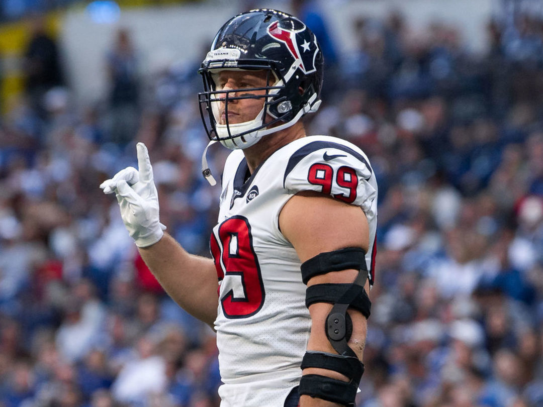 Watt: Demanding new contract would be