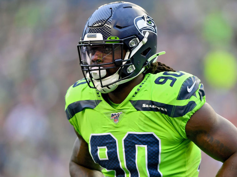 Wilson pleads for Clowney to rejoin Seahawks: 'I need you, homie'