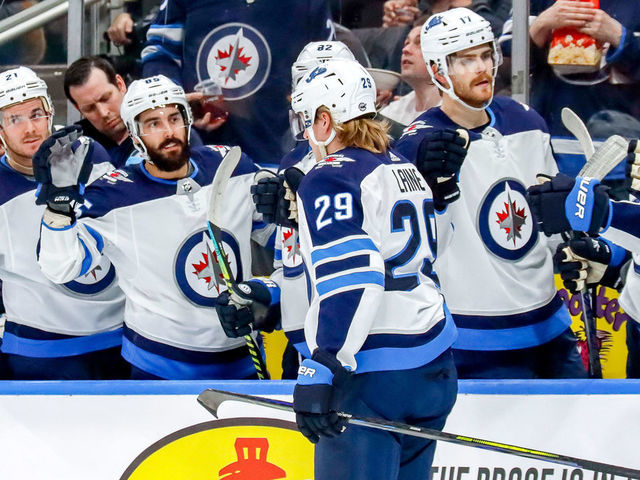 Jets Move Into Wild Card Spot With Victory Over Oilers Thescore Com