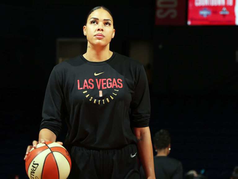 Report: Aces superstar Cambage to sit out 2020 season