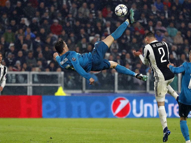 Anatomy Of A Classic Goal Ronaldo S Bicycle Kick Vs Juventus Thescore Com