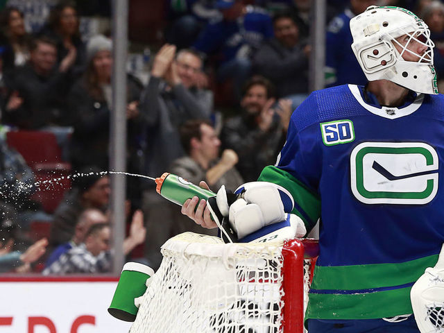 Pending Ufa Markstrom Not Concerned About Contract Amid Stoppage Thescore Com