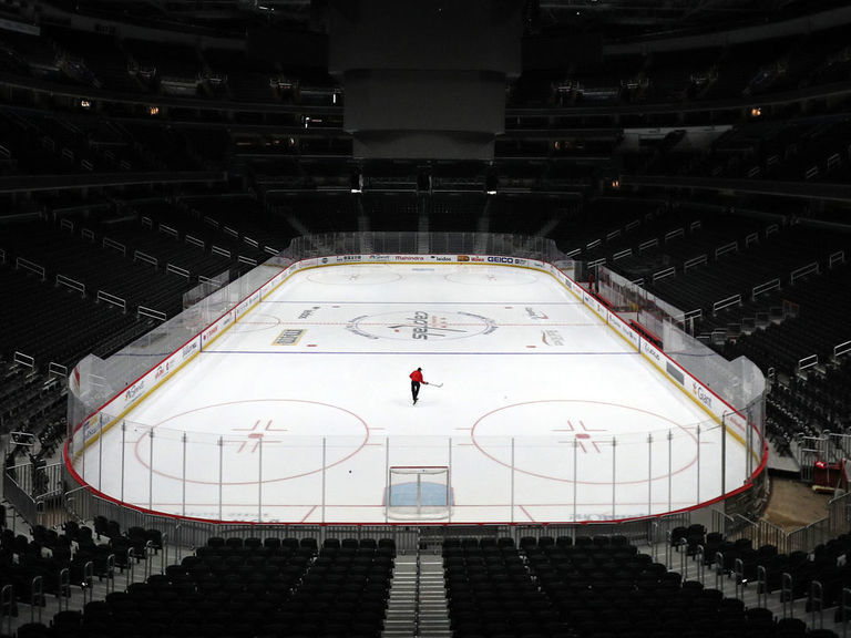 Doctor: Players shouldn't return until NHL promises long-term coverage for virus