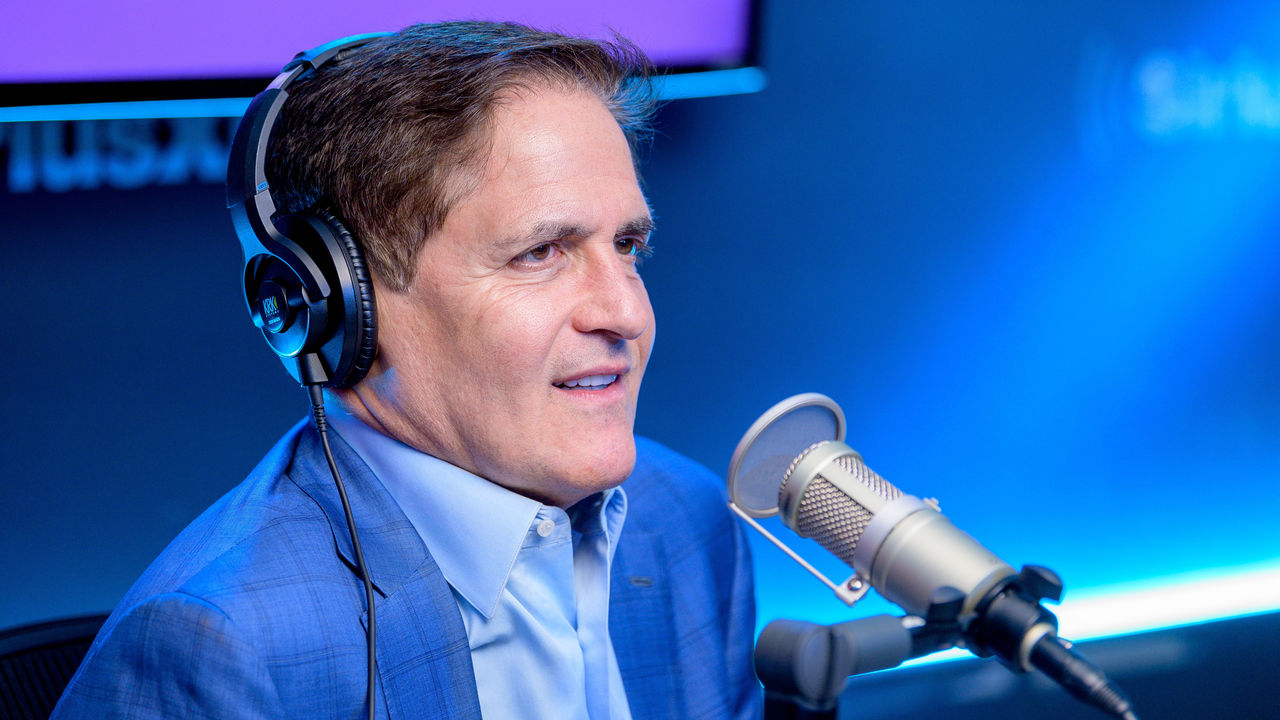 "NEW YORK, NEW YORK - FEBRUARY 25: (EXCLUSIVE COVERAGE) Mark Cuban visits ""Heather B Live"" with host Heather B. Gardner at SiriusXM Studios on February 25, 2020 in New York City."