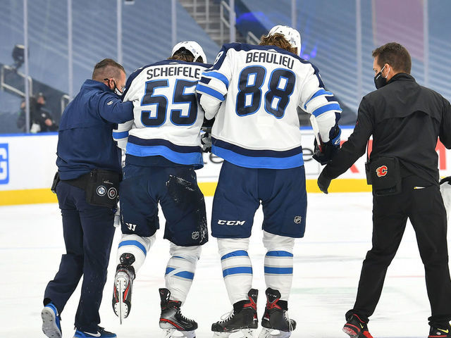 Maurice Tkachuk S Hit On Scheifele Could Have Ended His Career Thescore Com