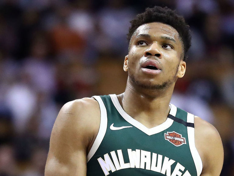 Giannis suspended 1 game for headbutting Wizards' Wagner