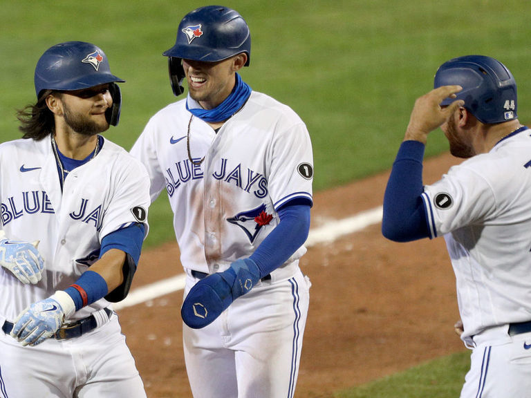 Bichette stays hot, makes history with HR vs. Rays