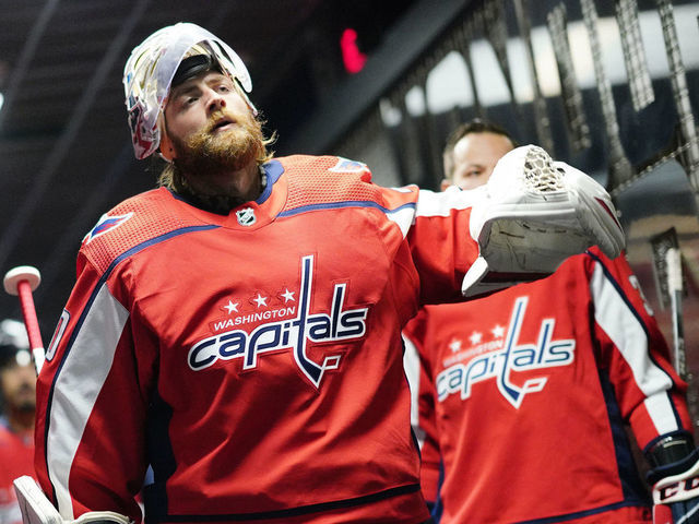Capitals Gm Re Signing Holtby Will Be Difficult But No Decision Made Thescore Com