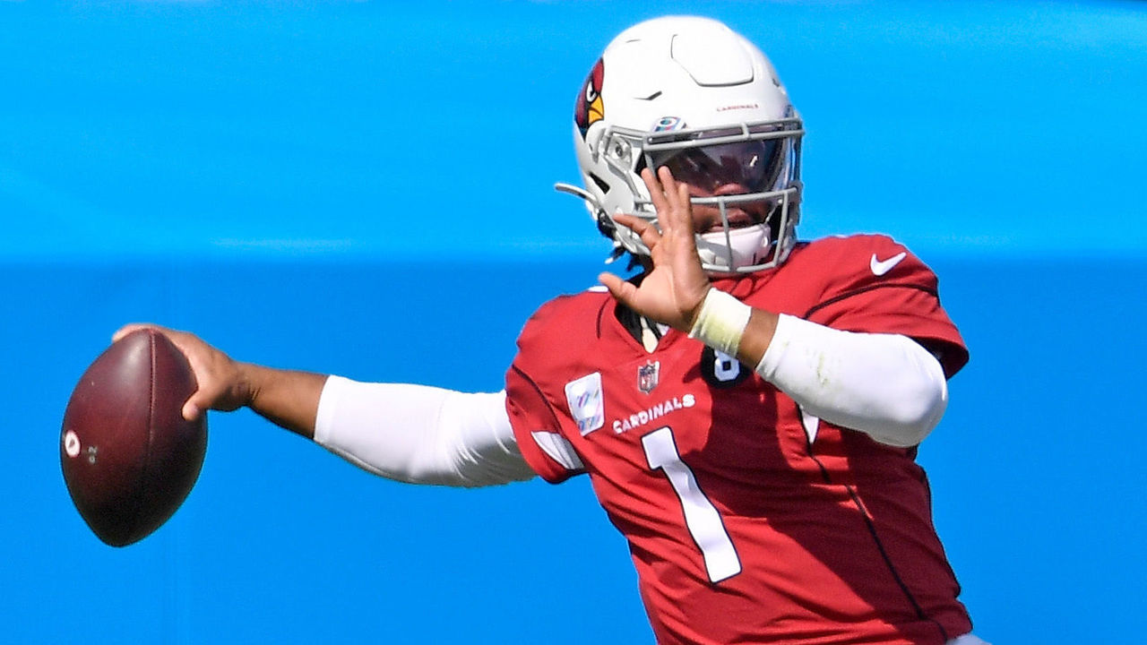 CHARLOTTE, NORTH CAROLINA - OCTOBER 04: Kyler Murray #1 of the Arizona Cardinals drops back to pass against the Carolina Panthers during the first quarter of their game at Bank of America Stadium on October 04, 2020 in Charlotte, North Carolina.