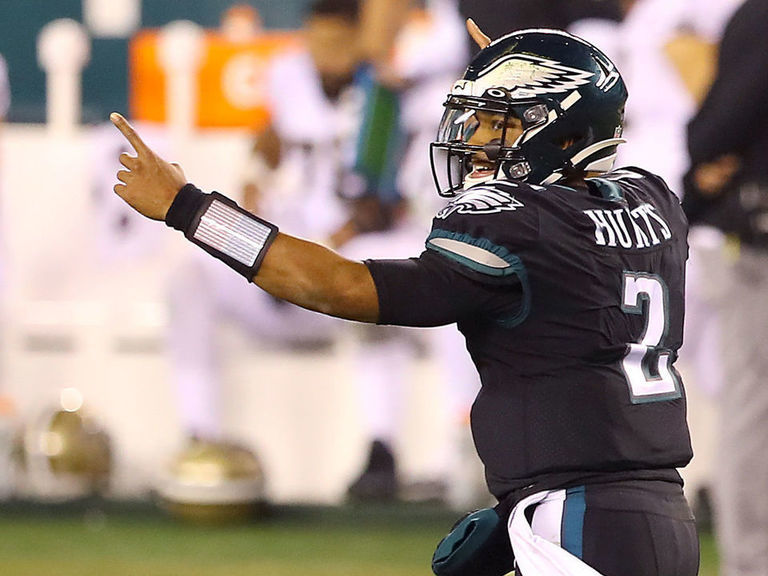 Jalen Hurts leads Eagles past Saints in 1st NFL start