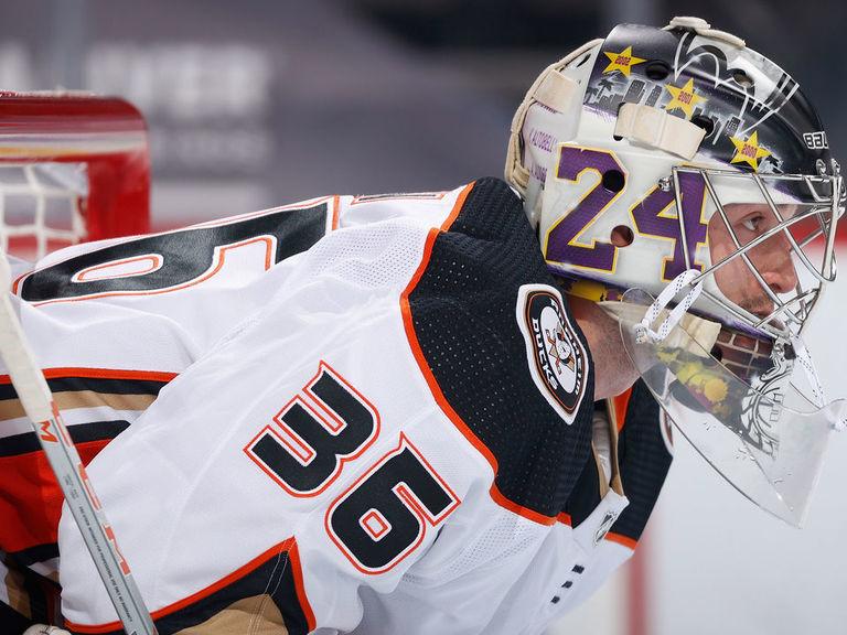 Vezina power rankings: Gibson keeping Ducks afloat with torrid start
