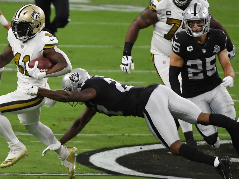 Saints docked 2022 pick for COVID-19 violations, Raiders fined