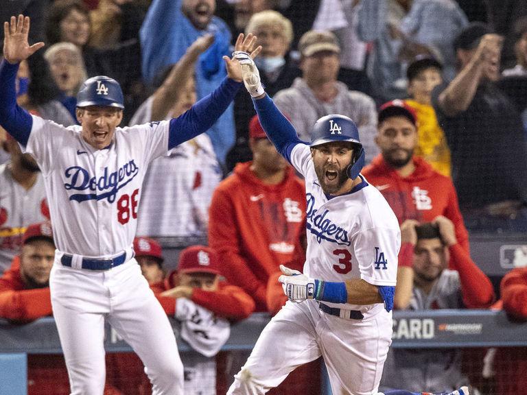 Taylor walks off Cardinals to set up Dodgers-Giants NLDS - thescore.com